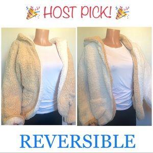 🎉HP🎉NWT Reversible Shearling Hoodie Jacket
